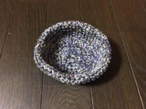 手編みの鳥の巣(8号かぎ針ウール毛糸3本)