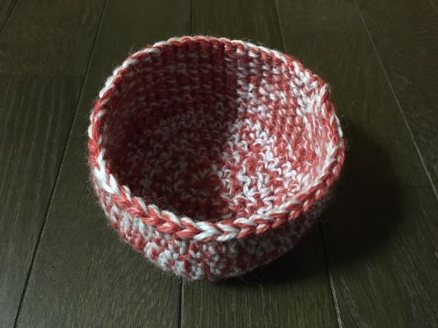 編み物で野鳥を救おう「鳥の巣」